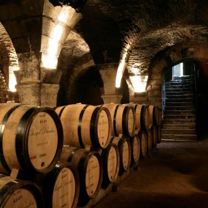 Hospices_de_Beaune_Cave.jpg